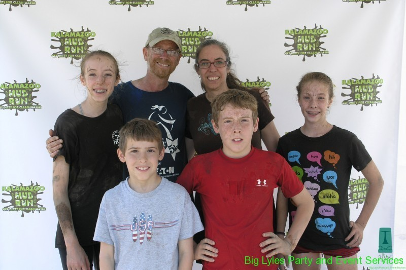 Family before the dirt at 2014 Kalamazoo Mud Run Race