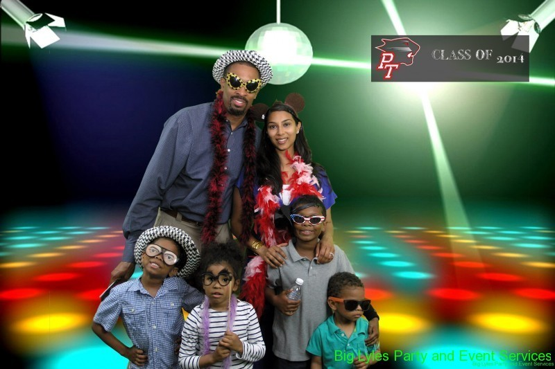 Family Disco scene Picture that