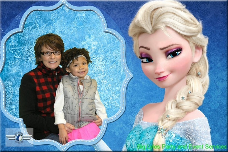 Girls with Elsa from frozen
