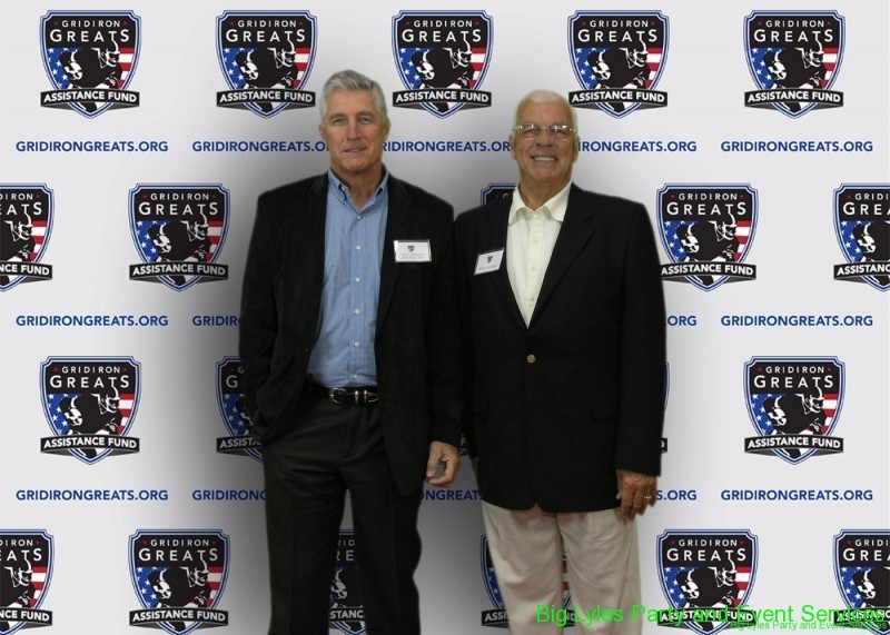 2 Members of the Gridiron Greats on the Red Carpet at 2014 Detroit Gridiron greats event