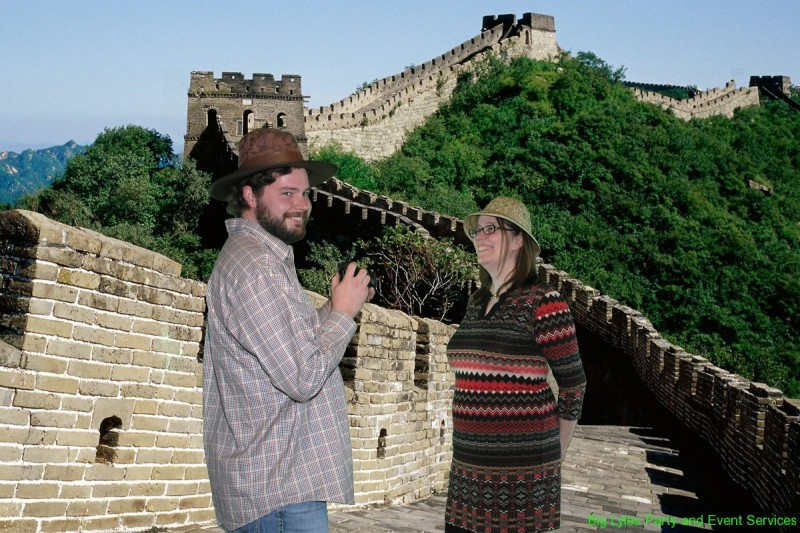 couple on Greatwall of China