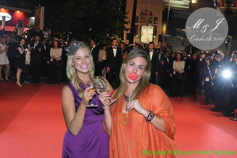 Girls on the red carpet, a green screen photo FX