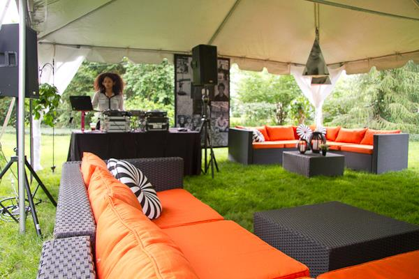 Party Lounge in Orange and brown