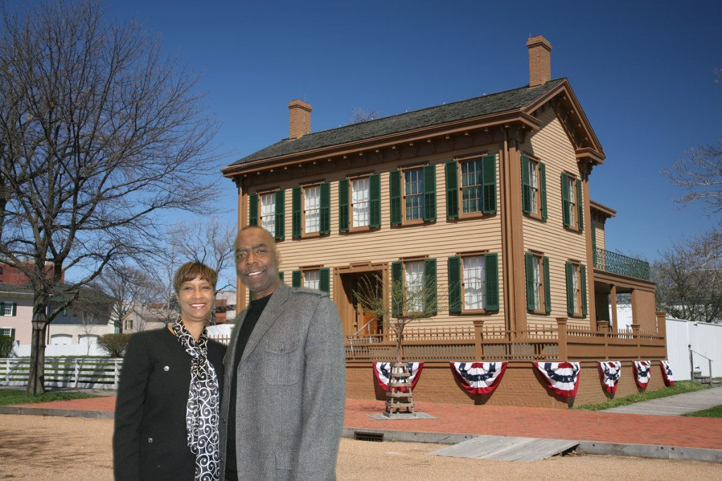 Couple in front of Lincoln's adulthood home in Illinois