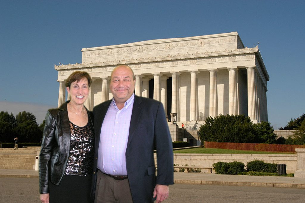Couple Visits Lincoln Memorial